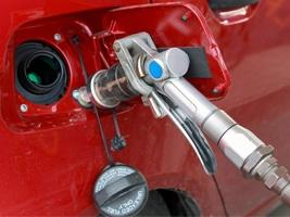 Эксперты провели масштабное исследование «девяносто пятого» бензина